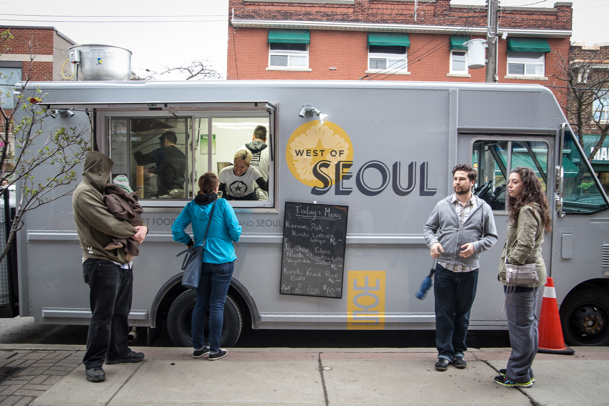 how to run a food truck business in toronto