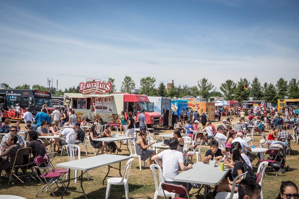 toronto food truck festival returns for 2016 toronto food trucks toronto food trucks. Black Bedroom Furniture Sets. Home Design Ideas